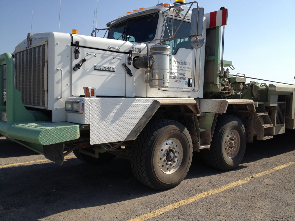 oilfield drilling truck